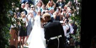 Mọi phụ nữ li hôn đều có quyền hạnh phúc, chỉ có điều họ có dám tin vào điều đó hay không